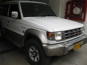 Mitsubishi Montero Wagon 3000