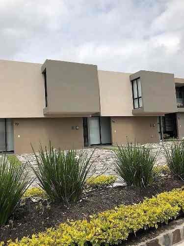 Se Renta Hermosa Casa En El Refugio (metropolis)