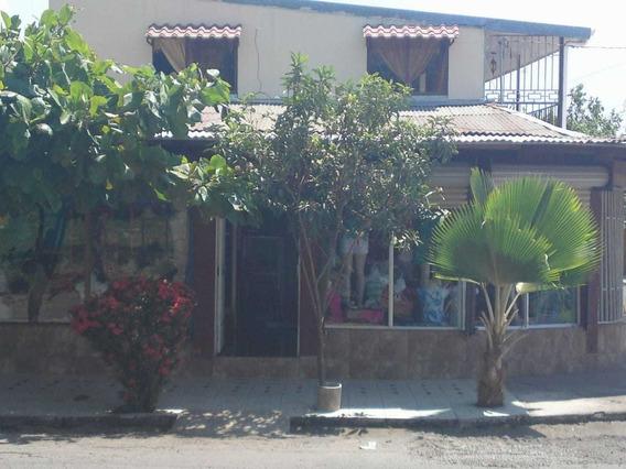 Casa Con 3 Locales