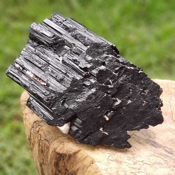 Cristal - Pedra Bruta Bastão Turmalina Negra - Autoproteção