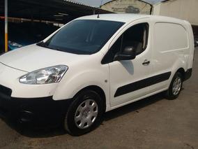 Peugeot Partner 2014 Maxi Diesel. Muy Nueva. A/a. Excelente.