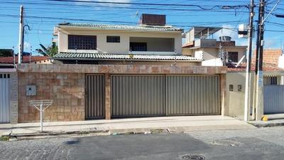 Casa À Venda Por R$ 600.000 - Poço - Maceió/al - Ca0315