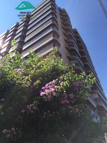 Apartamento A Venda No Bairro Centro Em São Lourenço - Mg. - 302-1
