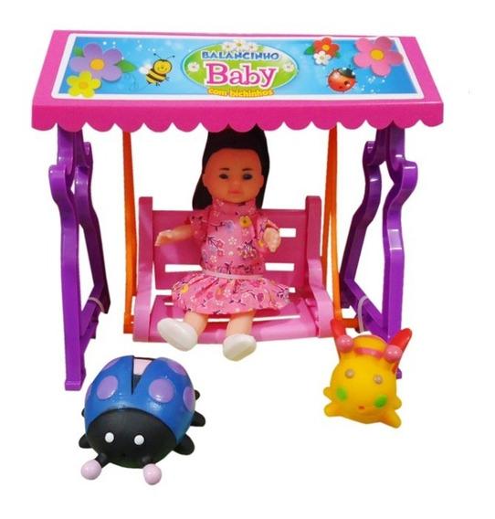 Brinquedo Boneca Balancinho Baby Com Bichinhos De Vinil A390