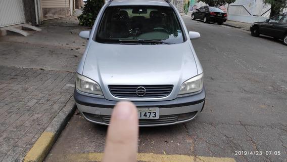Gm - Chevrolet Zafira 2.0 1.8v 4p Ac Polo Sedã - 2003