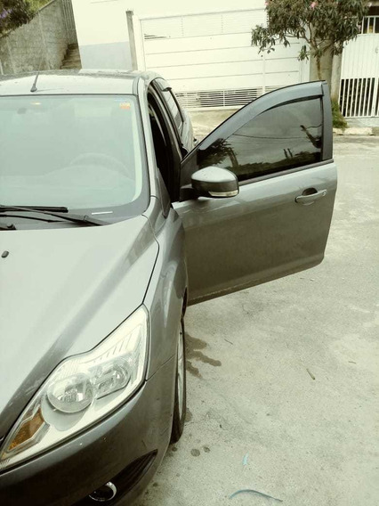 Ford Focus Sedan 2.0 Ghia 4p 2009
