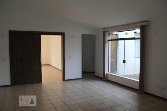Casa Com 3 Dormitórios E 2 Garagens - Id: 892970850 - 270850