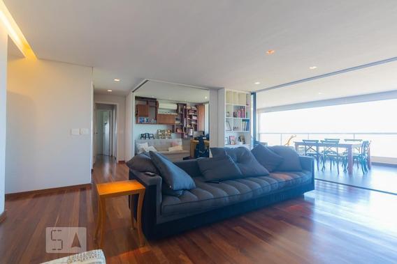 Apartamento No 18º Andar Mobiliado Com 2 Dormitórios E 3 Garagens - Id: 892945265 - 245265