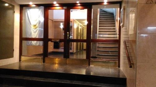 Imagen 1 de 7 de Vendo Departamento 2 Ambientes Con Cochera Paseo Aldrey