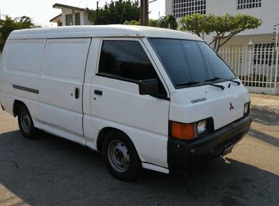 Mitsubishi L300 (panel)