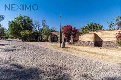 Hermosa Casa En Venta En Jurica, Querétaro