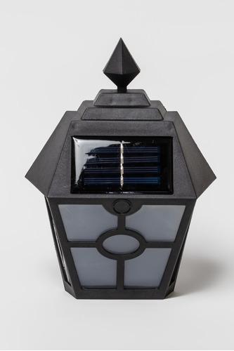 Imagen 1 de 4 de Farol Solar Colonial Con Luz Calida Energia Solar