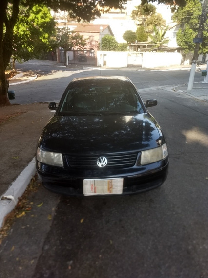 Volkswagen Passat 1.8 Turbo 4p 1999
