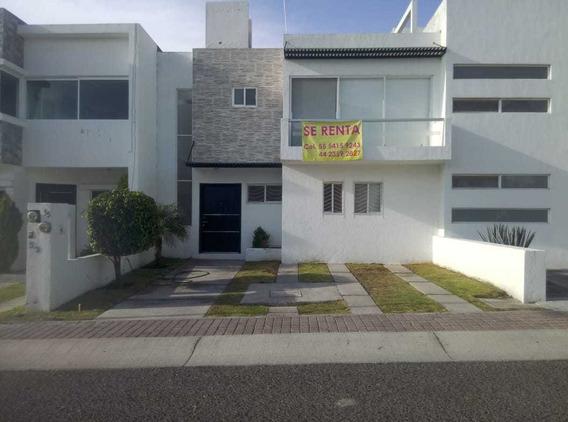 Rento Preciosa Casa Amplia 3 Recamaras Zona Privilegiada