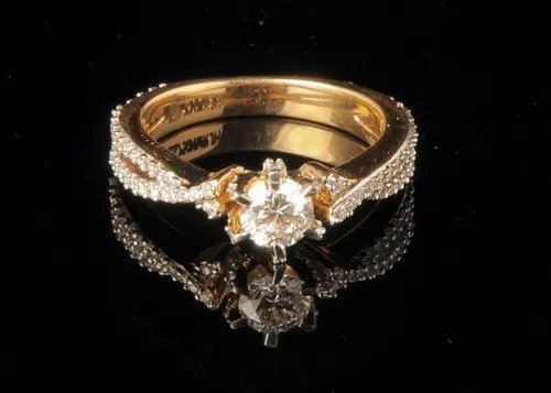 Anel Solitário De Ouro 18k/750 E Diamante De 40 Pontos Vivar