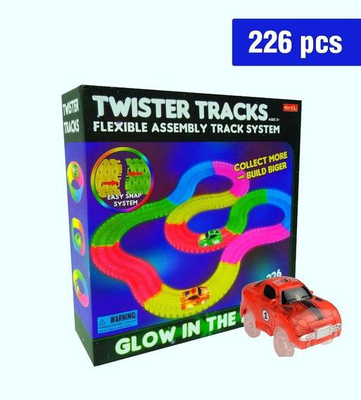 Pista Brilla En La Oscuridad Twister Tracks 226p