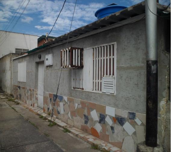 Casa Sector José Félix Ribas, Maracay.