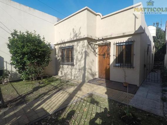 Casa En 3 Ambientes Sobre Lote De 7,50 X 44 En Villa Ballester
