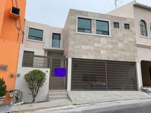 Casa En Lomas Del Campestre 1er Sector, San Pedro Garza García