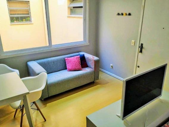 Apartamento De 1 Dormitório À Venda, Reformado E Mobiliado No Bairro Menino Deus - Porto Alegre/rs - Ap2223