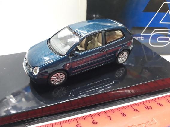 Auto Art 1/43 Volkswagen Polo 3 Puertas Azul !!!