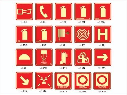 Imagem 1 de 10 de Placa Fotoluminescente Combate A Incêndio / Kit 96 Placas