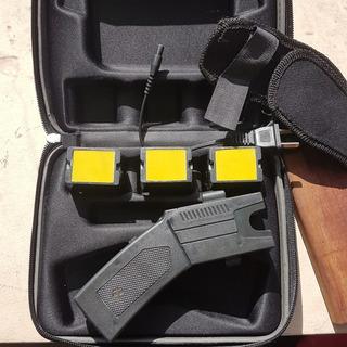 Taser, Pistola Paralizante A Distancia Electroshock