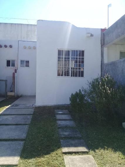 Casa En Renta Calandrias Lt 2 Mz 9, Villas Del Sol Plus 2
