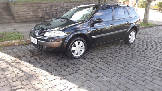 Renault Megane Grand Tour 1.6 Dynamique Hi-flex 5p 2008