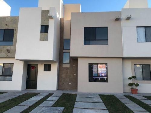 Hermosa Casa En Renta Rincones Del Marques Nueva