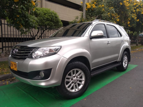 Toyota Fortuner 4x2 2700 Cc Abs Aa 2012