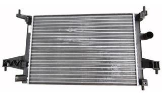 Radiador De Agua Denso Chevrolet Corsa 2 1.8 8v Con Aire