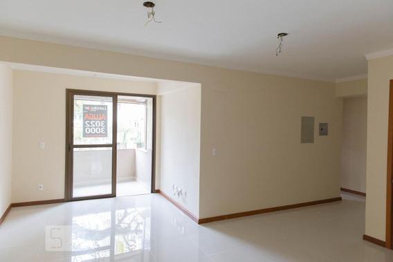 Apartamento No 2º Andar Mobiliado Com 2 Dormitórios E 2 Garagens - Id: 892971450 - 271450