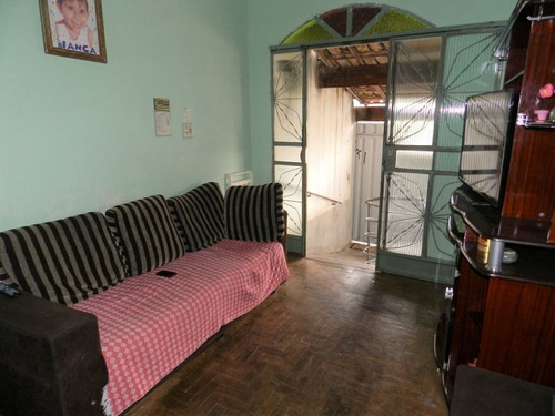 Casa Com 4 Quartos Para Comprar No Água Branca Em Contagem/mg - 230