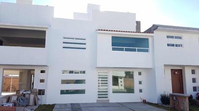 Casa Fuentes De San José Con 3 Recamaras Y 5 Baños
