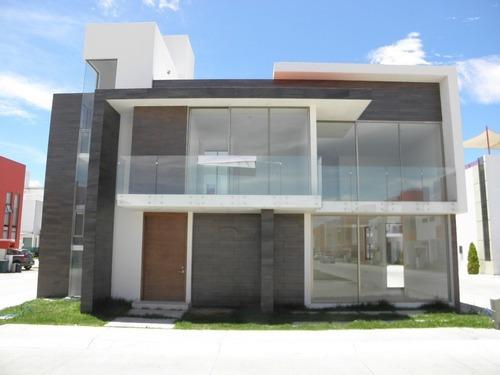 !!! Increible Oportunidad !!! Casa Nueva En Privada Por Zona Plateada