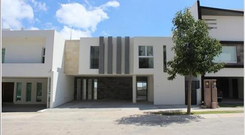 Casas En Venta Monterra
