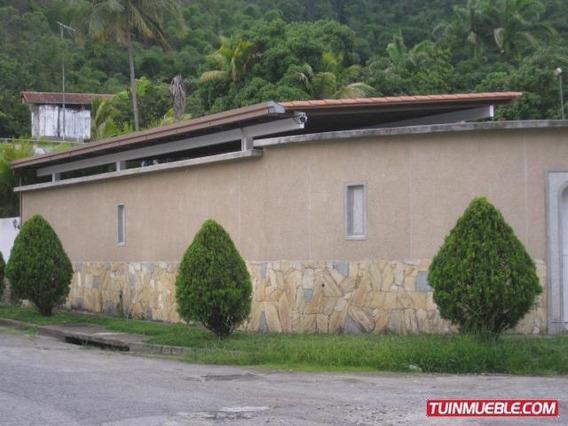Casas En Venta 23-8 Ab La Mls #19-14513 -- 04122564657