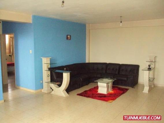 Apartamento En Venta En Centro De Maracay 19-15309 Mv