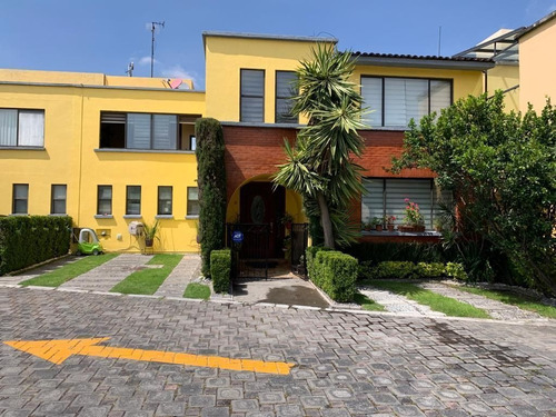 Imagen 1 de 18 de Casa En  Venta En Santa Cecilia, Metepec