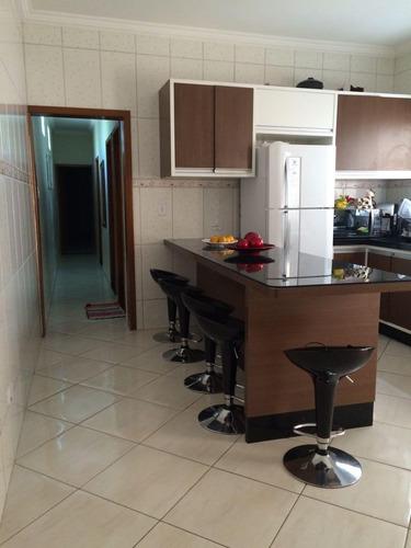 Imagem 1 de 12 de Sobrado À Venda - 3 Quartos - 2 Vagas - Vila Junqueira - Santo André - Sp - 50647