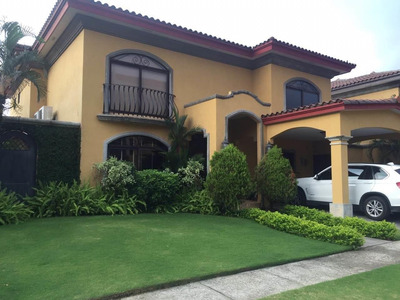 Vendo Casa Exclusiva En Antigua, Costa Del Este 19-2037**gg*