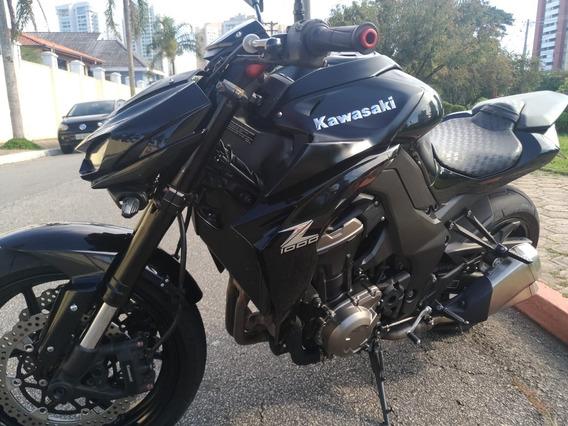 Kawasaki Z1000 14/15 Preta 13.000 Km