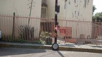 (crm-92-3361) Barrio De San Tlaxingo. Iztapalapa. D. F. Departamento. Venta.