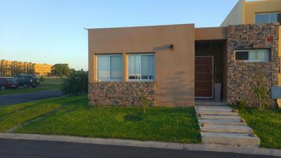 Casa Apta Credito En Bñ Los Robles