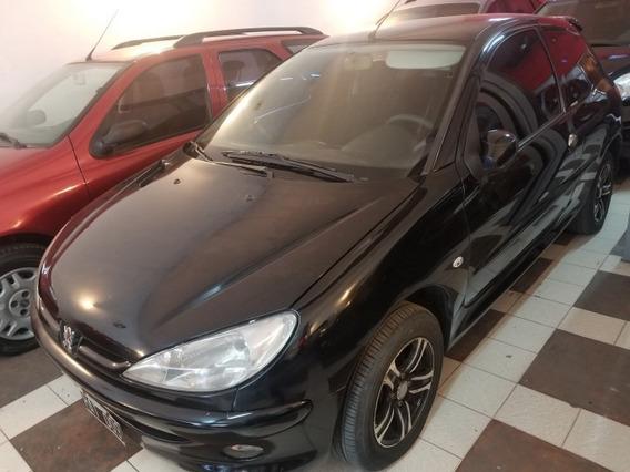 Peugeot 206 1.4 3ptas Negro Nafta