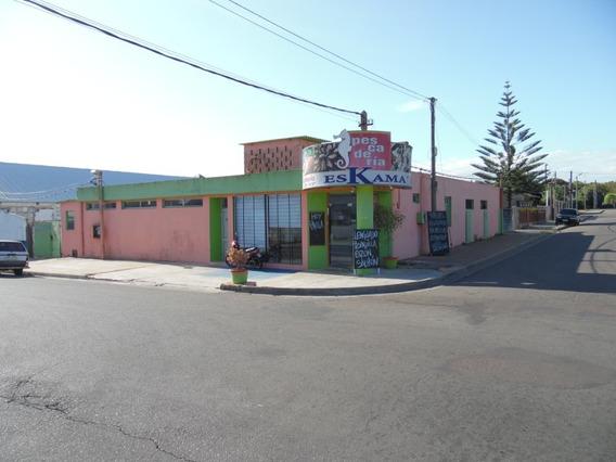 Emblemático Local Comercial En Maldonado