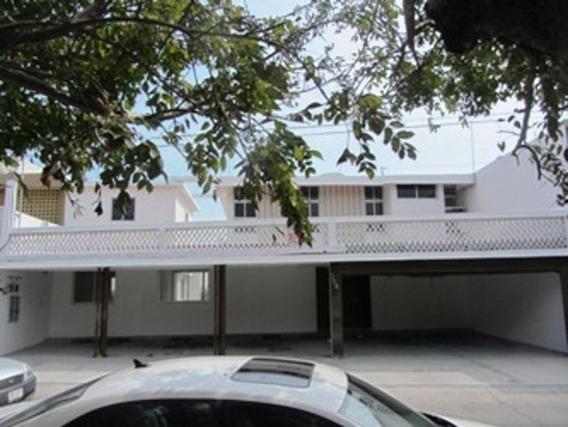 Casa En Renta Para Oficina - Fracc. Reforma, Veracruz, Ver.