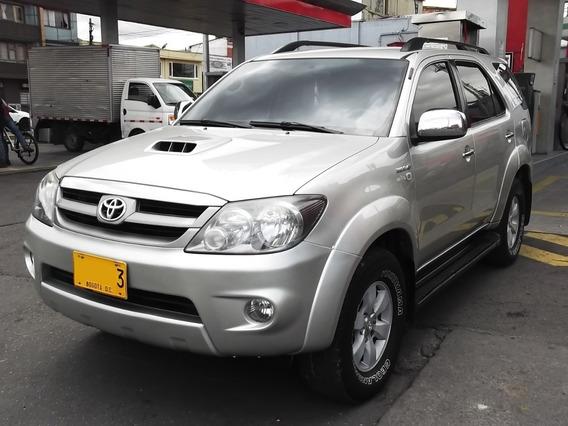 Toyota Fortuner Srv 3.0