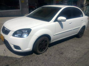 Vendo Automovil Kia Rio Xcite Sedan Modelo 2012 Full Equipo